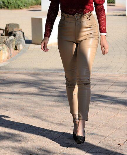 pantalon-mujer-efecto-piel-beige-cinturilla-doble-alta-pitillo-low-cost-pilm