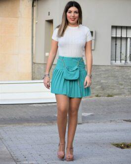 Mini falda plisada con riñonera.