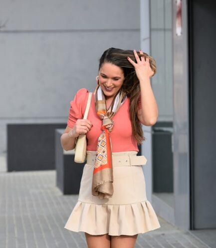 falda-volante-corta-beige-elegante-sexy-moda-primavera-verano-2020-barata-low-cost-pilm