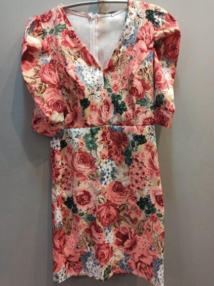vestido-corto-flores-coral-fiesta-vestir-novedades-moda-verano-2020-low-cost