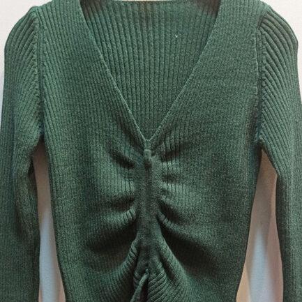 jersey punto verde manga larga cuello pico fruncido delante canalé