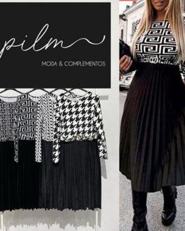 Vestido midi falda negra plisada