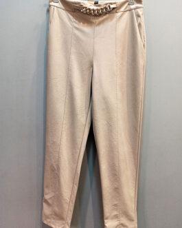 Pantalón beige efecto piel cadena