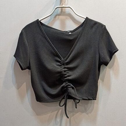top corto fruncido negro tejido camiseta canalé