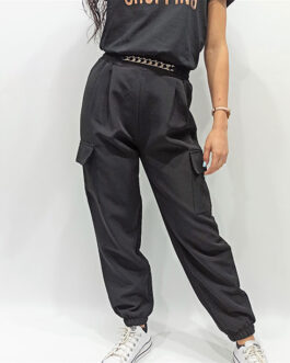 Pantalón bolsillos+cadena