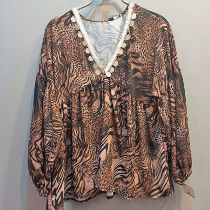 blusa estilo boho chic mujer con estampado felino animal manga larga y escote pico