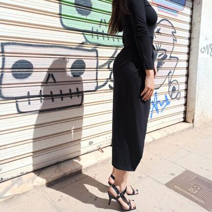 vestido midi negro manga larga y falda forma tulipán